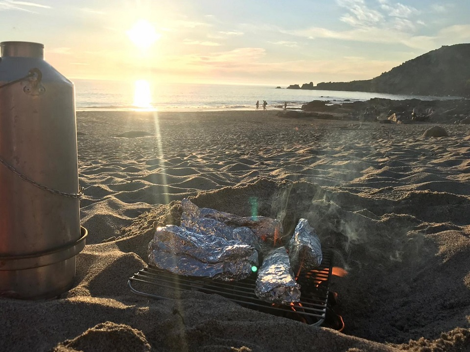 Fresh mackerel on an open fire and the ol' Kelly Kettle on the go. (Sennen Cove, Penzance, U.K.)